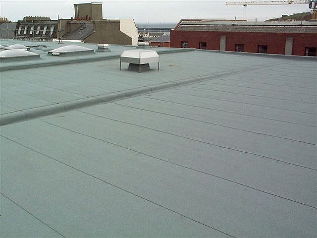 Elastomeric Membrane Roof Demos Roofing Inc. - Montreal, Laval, South-shore